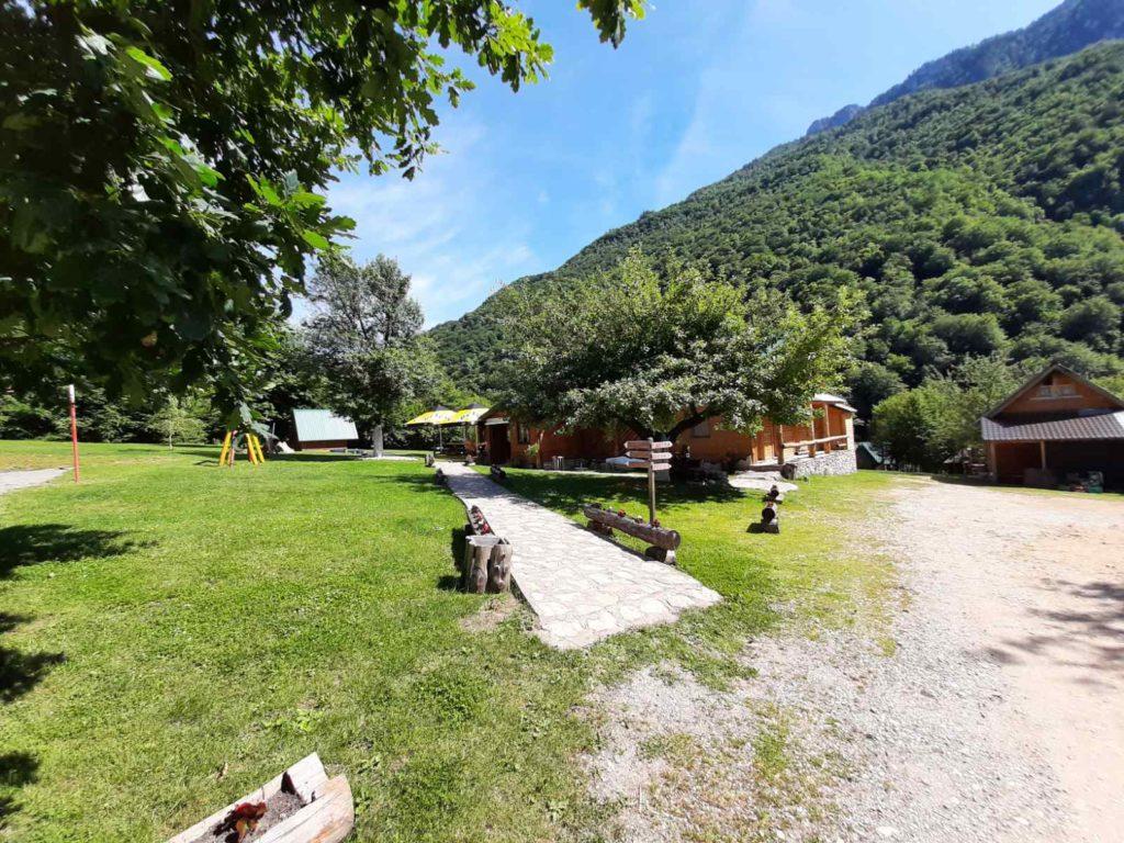 Grand Tara rafting kamp